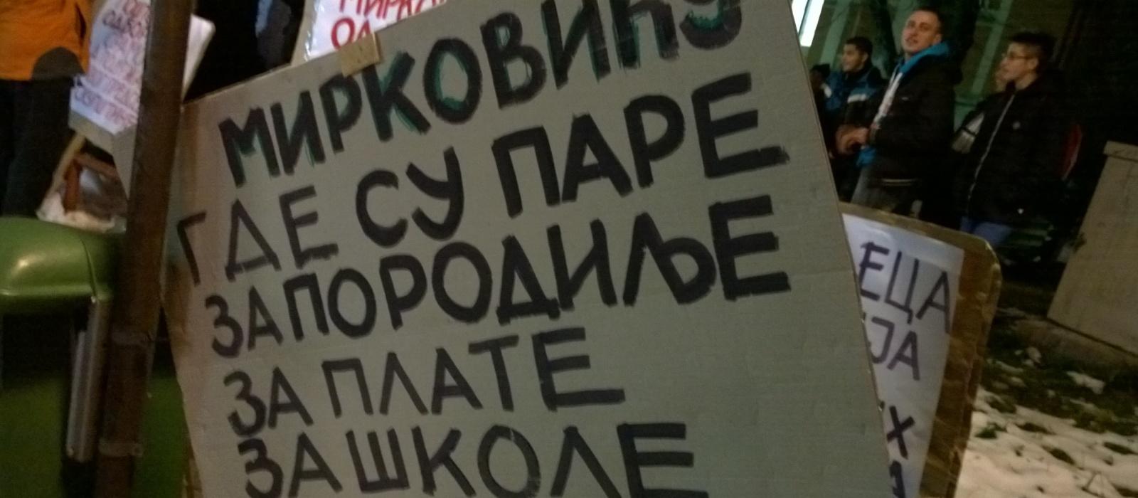 """Vapaj Zaječaraca: """"Bando lopovska, MARŠ iz grada!"""""""