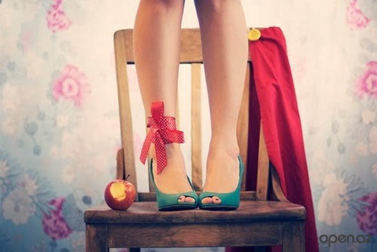 Muški pogled na ženske cipele