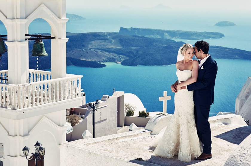 Santorini Wedding Photographer. Greek wedding Santorini. Santorini wedding photos.